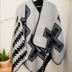 Old Navy Tribal Morning Poncho. One Size.